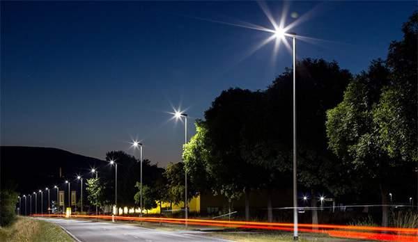 Đèn đường led 30W đang được sử dụng phổ biến