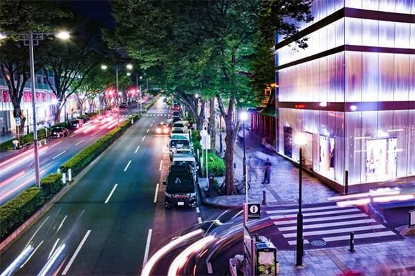 Lắp đặt đèn led làm tăng mỹ quan đô thị
