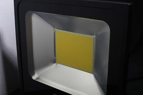 Chip led là bộ phận vô cùng quan trọng của đèn pha led chất lượng
