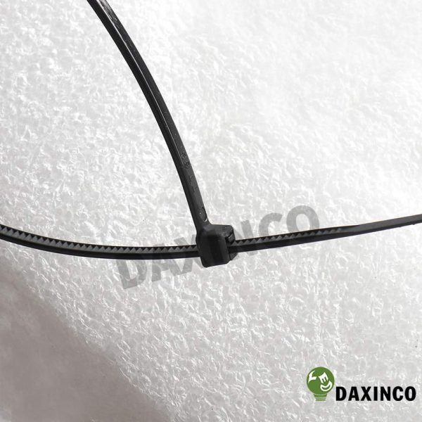 Dây rút nhựa 8x300 đen Daxinco - dây lạc nhựa 3