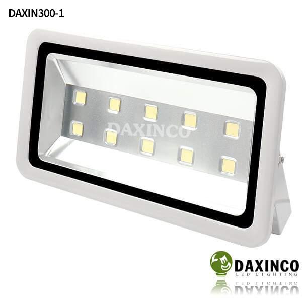 Đèn pha led 300W Daxinco kiểu thông dụng Daxin300-1 1