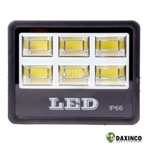 Đèn pha led 200W Daxinco kiểu chiến sỹ Daxin200-18 2