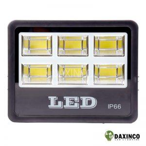 Đèn pha led 300W Daxinco kiểu chiến sỹ Daxin300-18 2