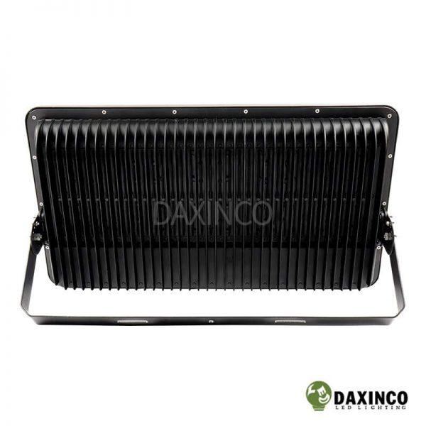Đèn pha led 500W Daxinco kiểu chiến sỹ Daxin500-18 4