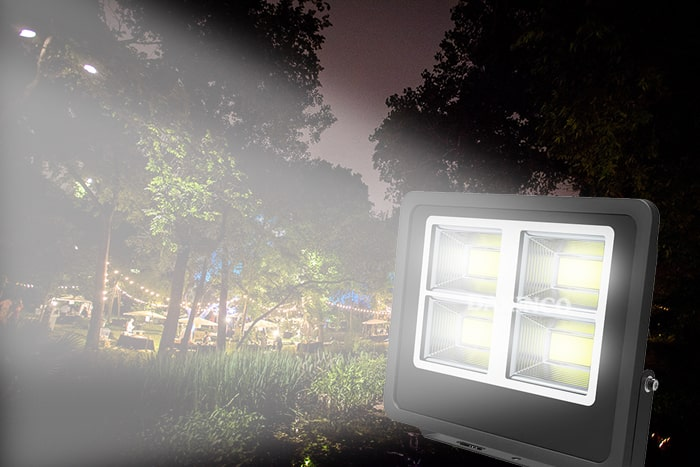 Đèn pha led ngoài trời có thể bị hỏng vì nhiều nguyên nhân