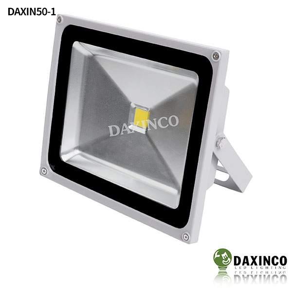 Đèn pha led 50W Daxinco kiểu thông dụng Daxin50-1 1
