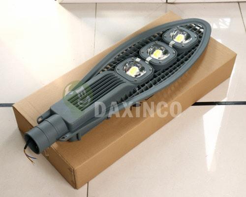 [Hình ảnh thật tế] đèn đường led 150w lưới 1