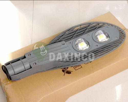 [Hình ảnh thật tế] đèn đường led 80w vợt 1