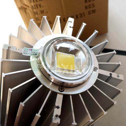 [Hình ảnh thật tế] đèn led nhà xưởng 100w thông dụng -3