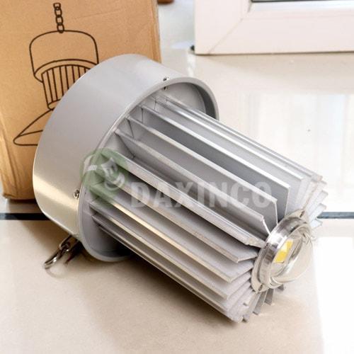 [Hình ảnh thật tế] đèn led nhà xưởng 70w thông dụng -1