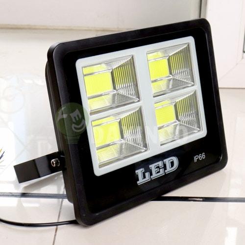 [Hình ảnh thật tế] đèn pha led 150W COB chiến sỹ