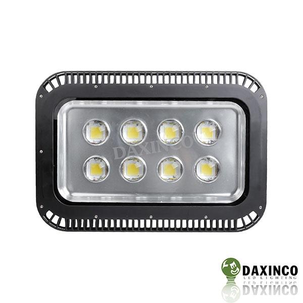 Đèn pha led 400w cho sân bóng đá do Daxinco sản xuất