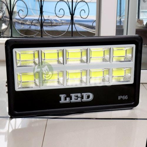 [Hình thật tế] Đèn pha led chip led COB 500W Daxinco_1