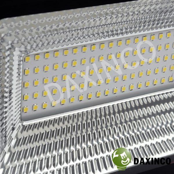 đèn pha led 50W SMD Daxinco kiểu chiến sỹ 5