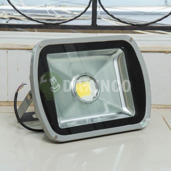 [Hình thật tế] Đèn pha led 60W lúp_1