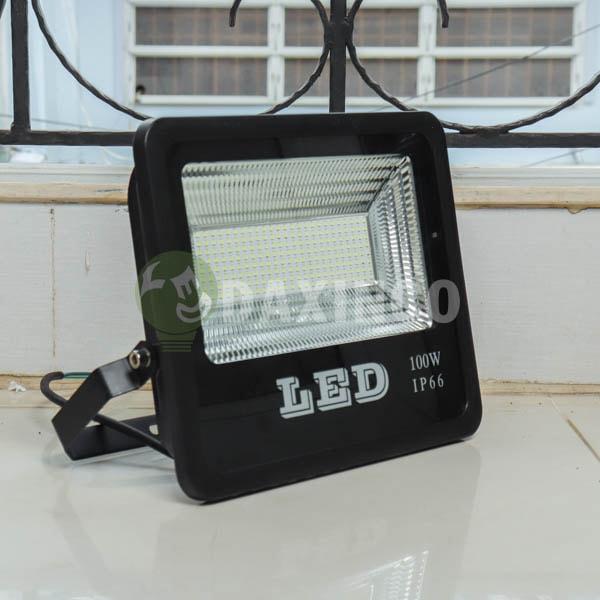 [Hình thật tế] Đèn pha led chip led SMD 100W Daxinco_1
