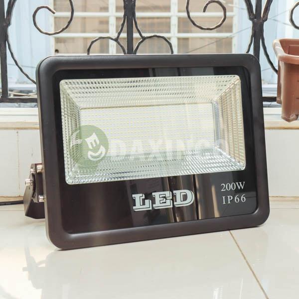 [Hình thật tế] Đèn pha led chip led SMD 200W Daxinco_1