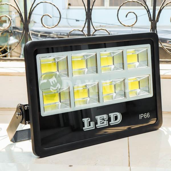 [Hình thật tế] Đèn pha led chip led COB 400W Daxinco_1