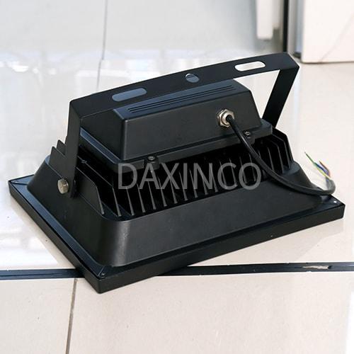 [Hình thật tế] Đèn pha LED lúp 50W -3