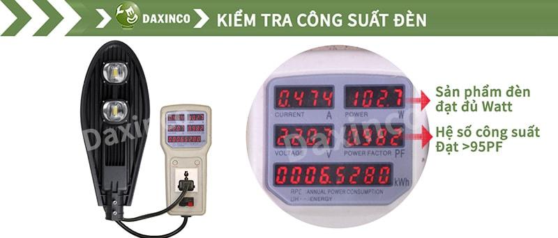 Kiểm tra công suất đèn đường led 100W chiếc lá Daxinco