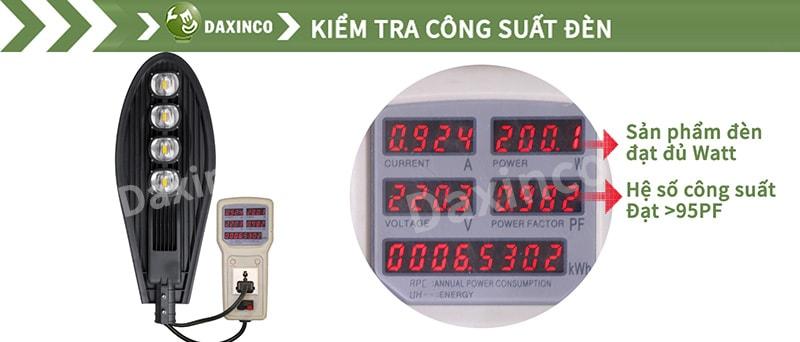 Kiểm tra công suất đèn đường led 200W chiếc lá Daxinco