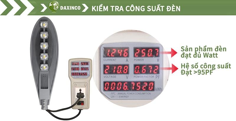 Kiểm tra công suất đèn đường led 250W chiếc lá Daxinco