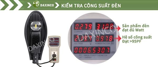 Kiểm tra công suất đèn đường led 30W chiếc lá Daxinco