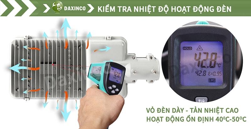 Kiểm tra nhiệt độ đèn led đường phố kiểu răng Daxinco