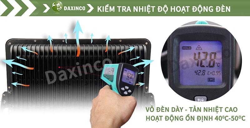 Kiểm tra nhiệt độ đèn pha led SMD Daxinco
