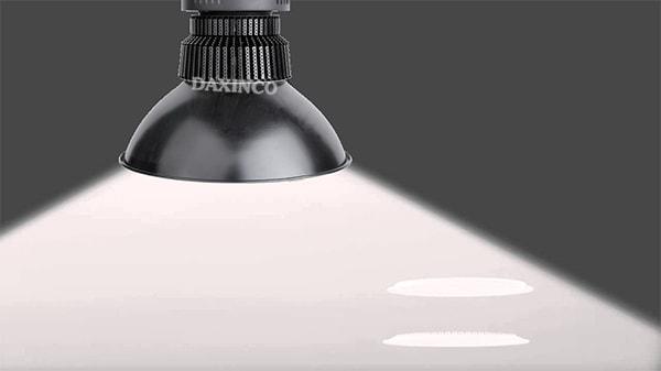 Nhiệt lượng, độ rọi của đèn led nhà xưởng là những thông số bạn cần quan tâm