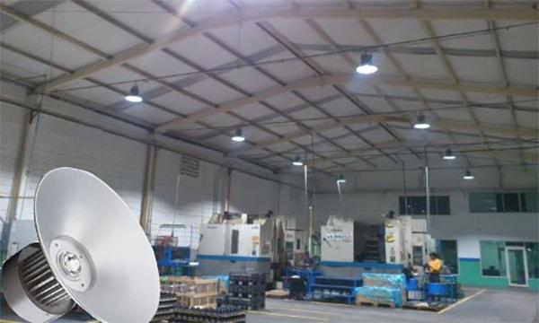 Những lưu ý trong quá trình lắp đặt đèn nhà xưởng