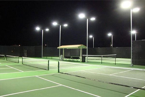 Đèn pha led cho sân tennis có tuổi thọ vượt trội