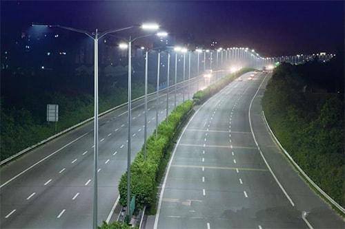 Đường phố sử dụng đèn ledđể chiếu sáng