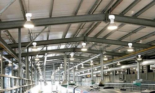 Trước khi lắp đặt, hãy tính toán lượng đèn cần bố trí cho nhà xưởng
