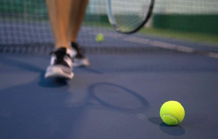 Vì sao cần chiếu sáng sân tennis