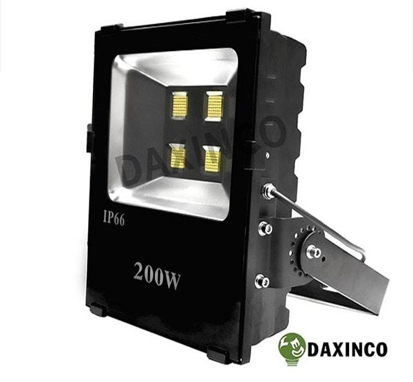 Đèn pha LED Daxinco đang là một sản phẩm được tin dùng lớn tại Đồng Tháp