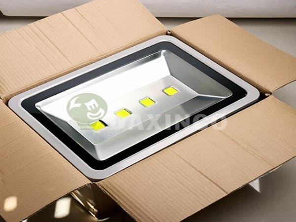 Vì sao đèn pha LED Daxinco lại được nhiều người lựa chọn như vậy?