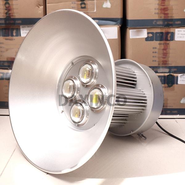 Đèn led nhà xưởng 200W - 4 trụ - Daxinco-tt1