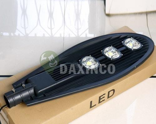 Đèn đường led 150W Daxinco kiểu chiếc lá