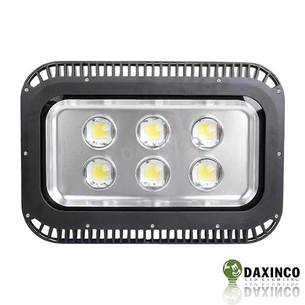 Đèn led cho sân bóng chuyền 300W DAXINCO lúp (DAXIN 300-5)