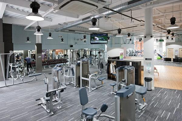 Đèn chiếu sáng phòng Gym