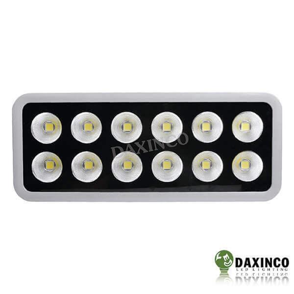 Đèn pha led 600w chiếu sáng ngoài trời Daxinco