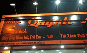 biển quảng cáo cho shop giày